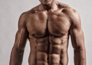 腹筋大胸筋を鍛え抜いた男性