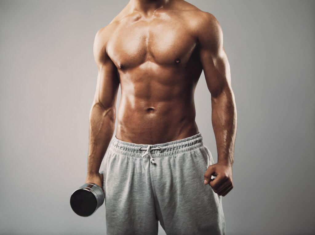 引き締まった男性の筋肉