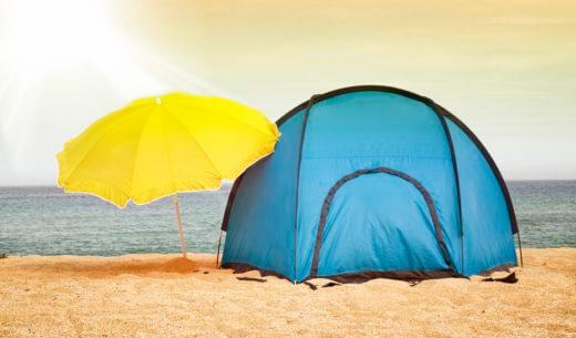 海辺のサンシェードテント