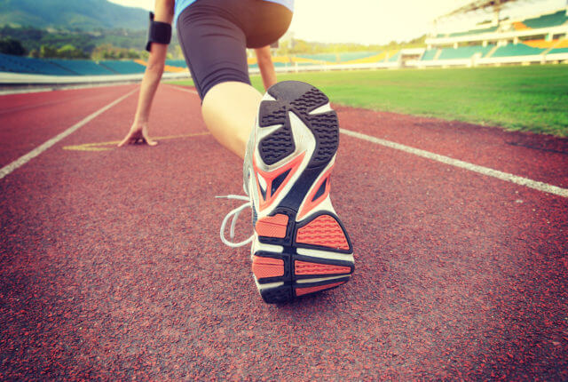 女性ランナー スタート位置