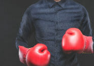 ボクシンググローブのオススメ5選!練習用のオンスはこれがいい!お手入れや洗い方、レディースの選び方を徹底解説!