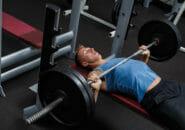 ベンチプレス70kg(70キロ)挙げられた人が100kgを挙げられるようになる筋トレ方法のコツ