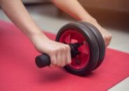 腹筋ローラーは背筋にも効く!腹筋と同時に背筋も鍛えよう!