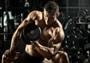 リストカールで前腕屈筋群を鍛える!その効果とは?