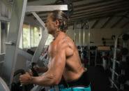 アブコースターで腹筋をトレーニング!効果とやり方とは?(動画あり)